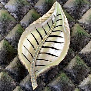 Vintage Art Deco Crystal Metal Leaf Retro Brooch